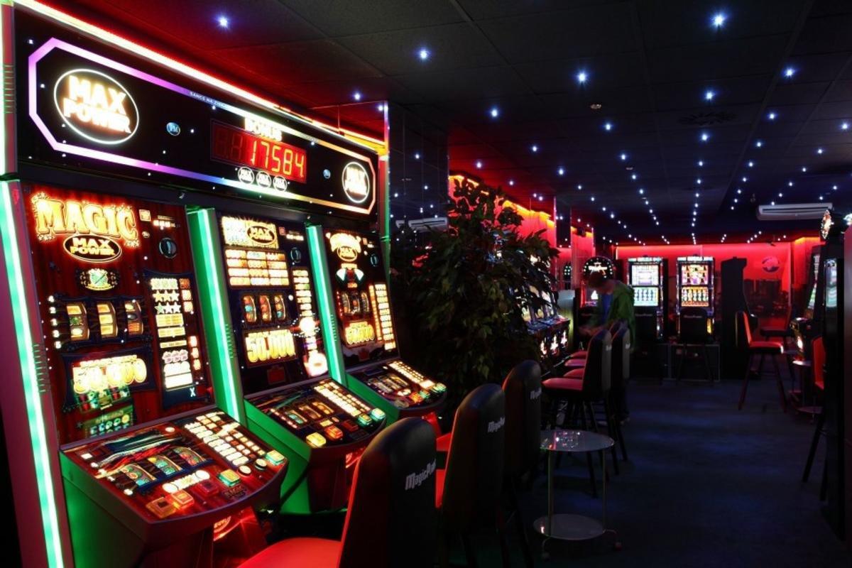 казино официальный сайт 2018